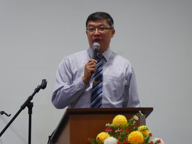 Rev John Kok, Senior Pastor of Kuala Lumpur Baptist Church (KLBC) welcoming the church attendees who came to the Life Course, where Dr Donald Wilton would teaching the Christian worldview and responses to same-sex marriage legalization in the United States
