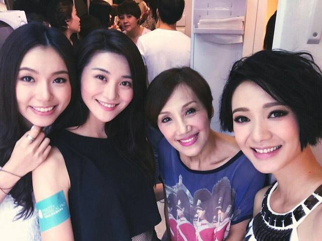 Hiromi Wada (second from left)