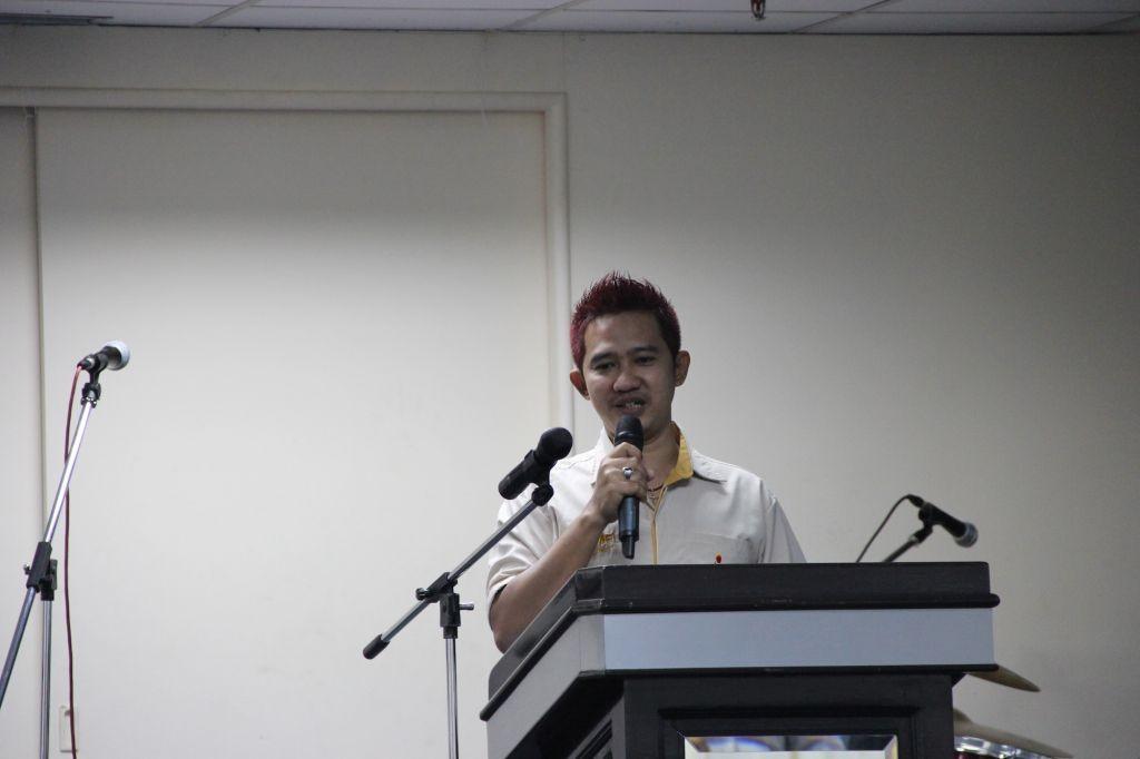 Bro. Lou Tek Leong sharing his testimony