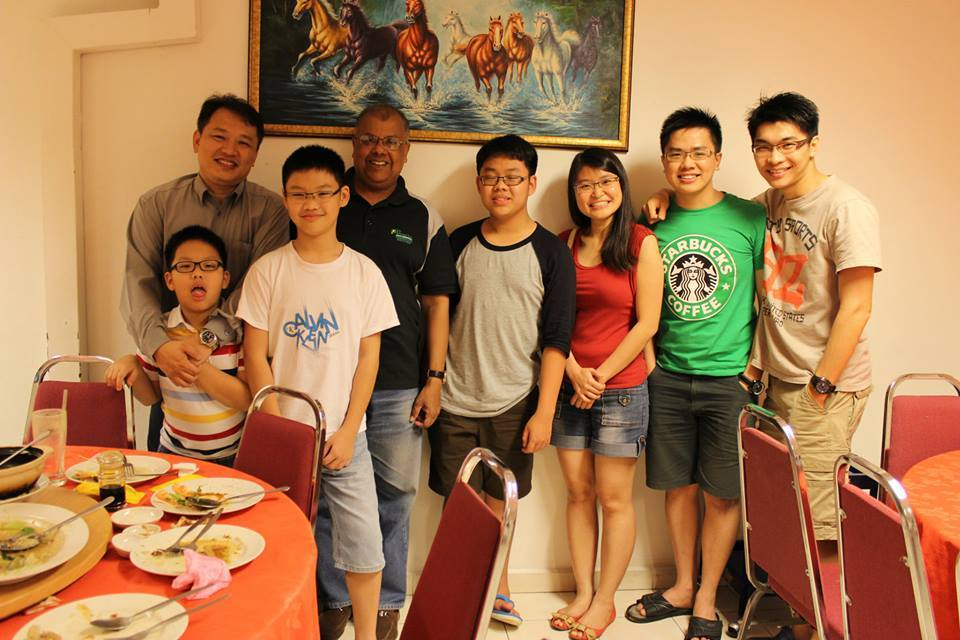 Meal and photo session of the church with one of their visiting speakers