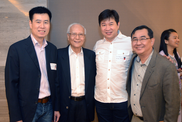 Dr John Ng (1st from right) with Dato' Roland Wong (3rd from right) with the first Malaysian Olympic badminton medallists, Cheah Soon Kit (2nd from right) and Soo Beng Kiang (4th from right).