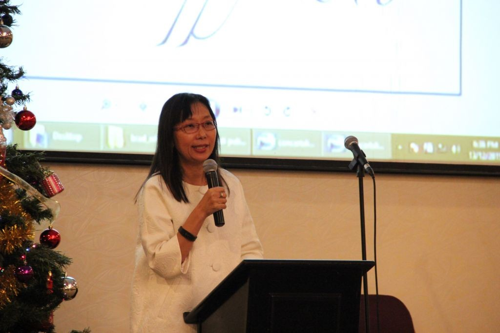 Guest of honor, YB Teresa Kok, encouraged the Christian community to be the light that reflects Christ to our fellow Malaysians and the foreigners among us.