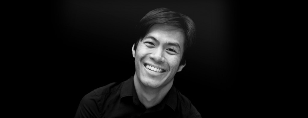 Chi Hoe Mak in Handel's Messiah. Chi currently enjoys a busy and varied career as an award-winning singer and choral conductor both in his native Malaysia and abroad