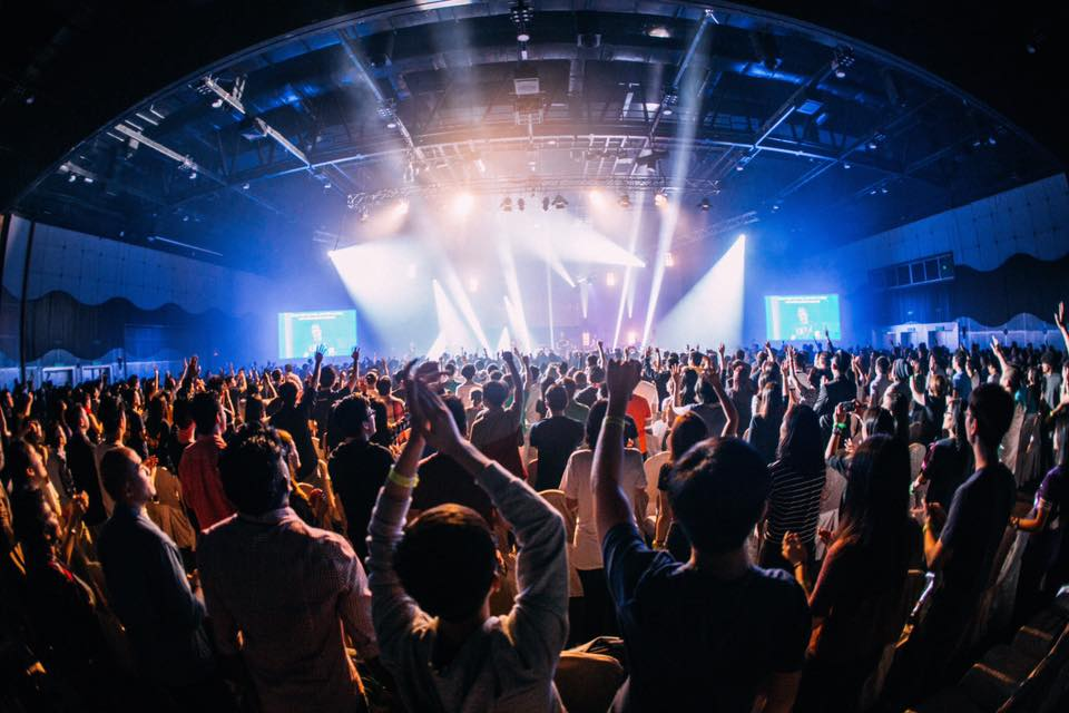 The body of Christ worshipping God in one Spirit at the Planetshakers Awakening 2016