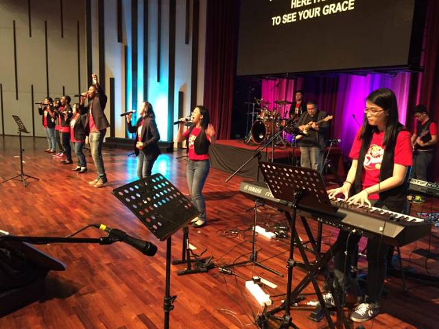 Praise City Church worship team