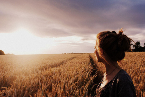 field-girl-landscape-photography-sun-Favim.com-413281