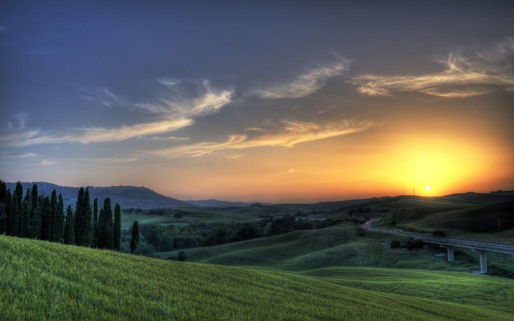 beautiful-green-landscape_5120x3200