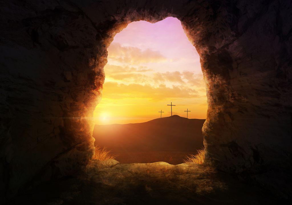 cross-empty-tomb