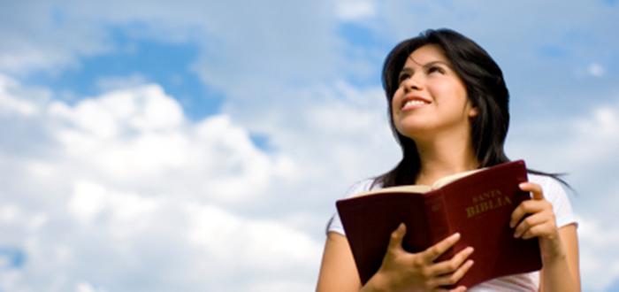 sky-girl-bible-istock_000003583796xsmall